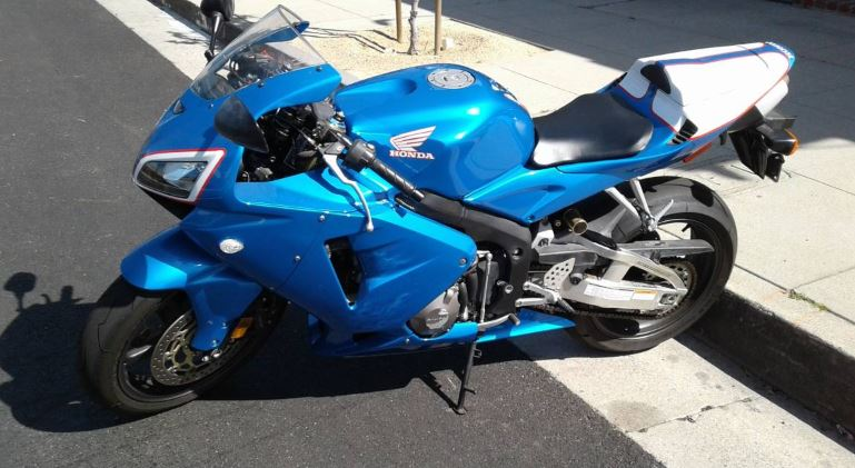 800 Miles – 2005 Honda CBR600RR