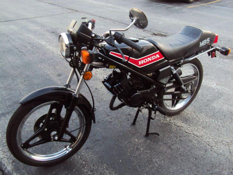Honda MB5 - Left Side