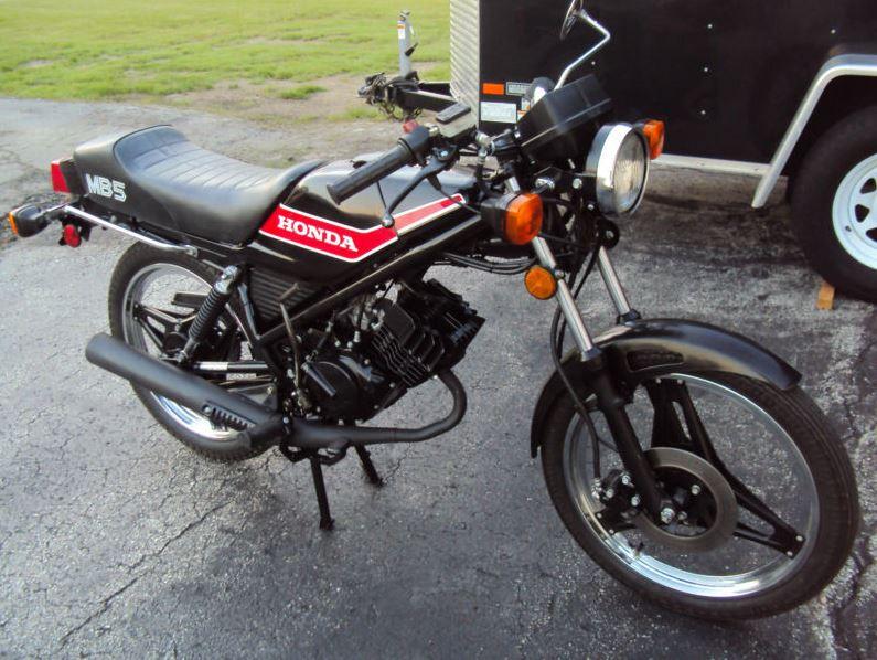 Honda MB5 - Right Side