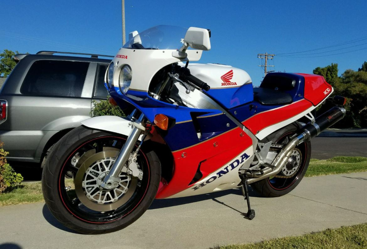 Jim Granger Owned - 1990 Honda RC30