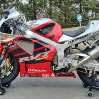 No Reserve - 2004 Honda RC51 Nicky Hayden