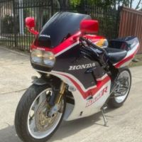 Euro Paint Restomod - 1985 Honda VF1000R