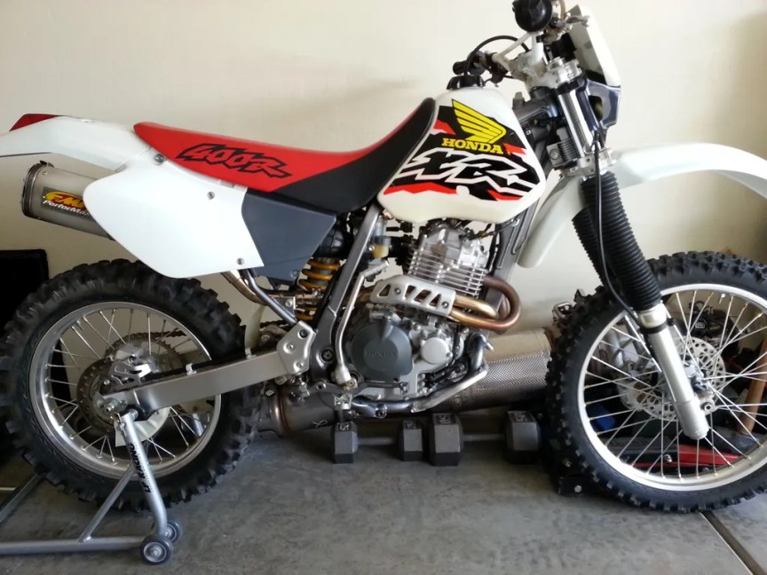 100 Miles and Plated – 1998 Honda XR400R | Bike-urious
