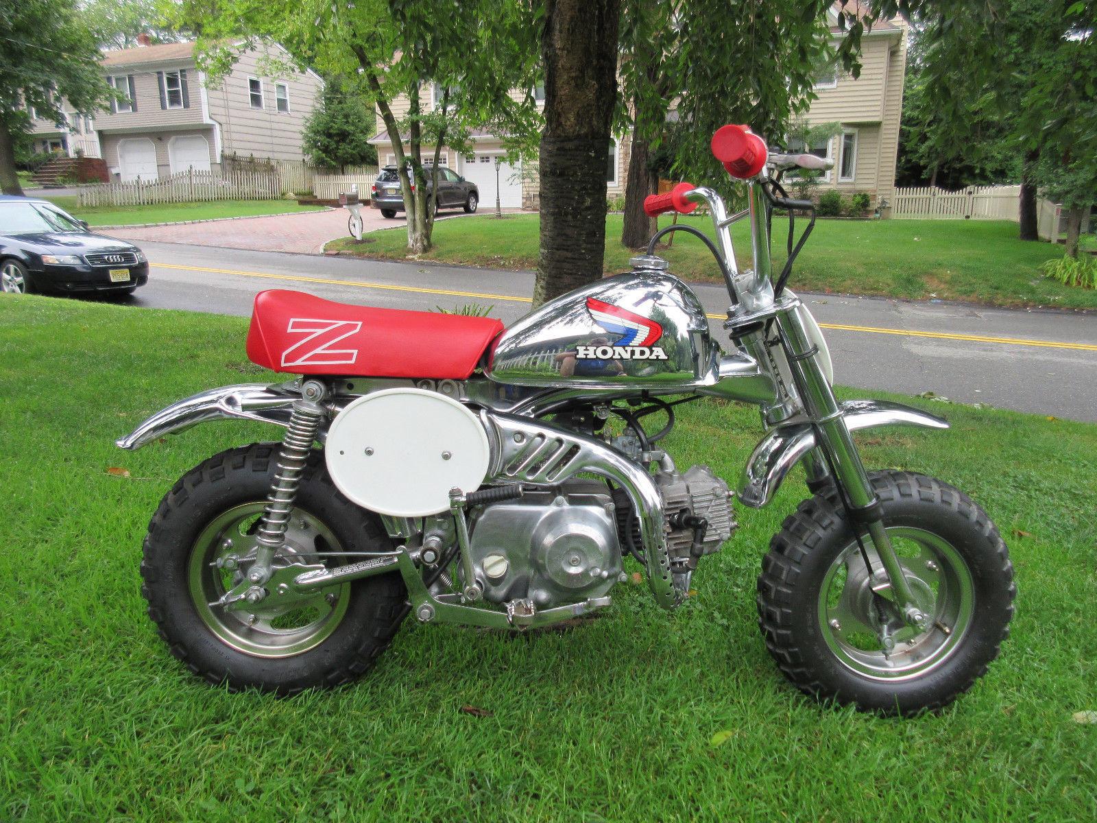 A couple of Honda Z50s | Bike-urious