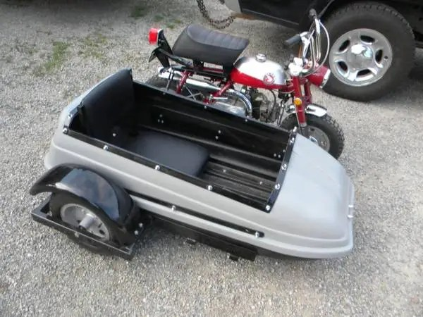 Honda Z50 with Sidecar - Right Side