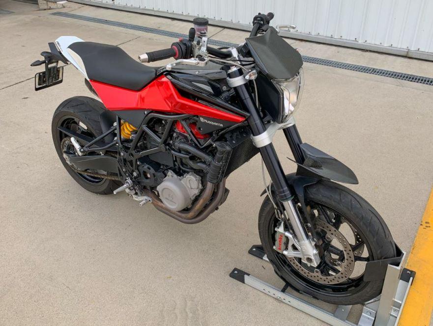 Nuda Motorbike