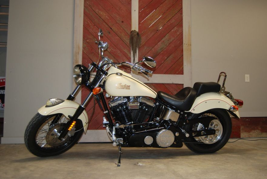 Indian Scout Centennial Edition - Left Side