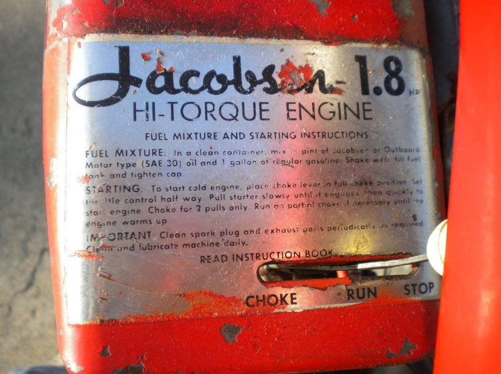 "The motor used in this build is a Jacobsen 1.8 horsepower ""HI-TORQUE  ENGINE"" and it connects to the rear wheel with a belt drive. 75d23a096"