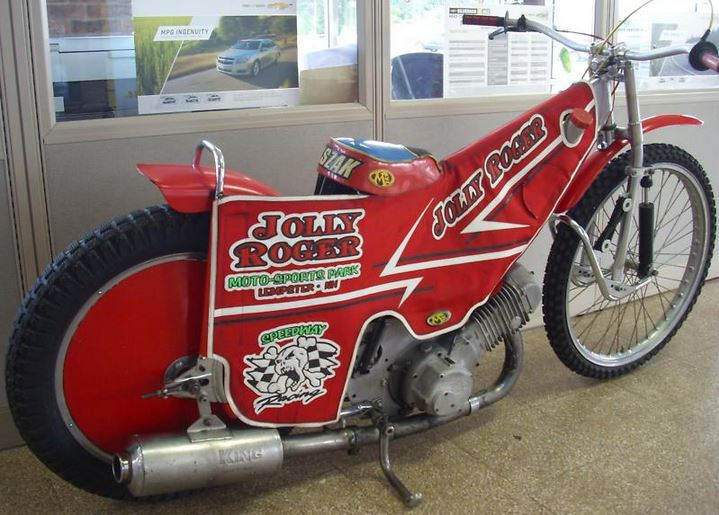 Jawa Speedway - Right Side