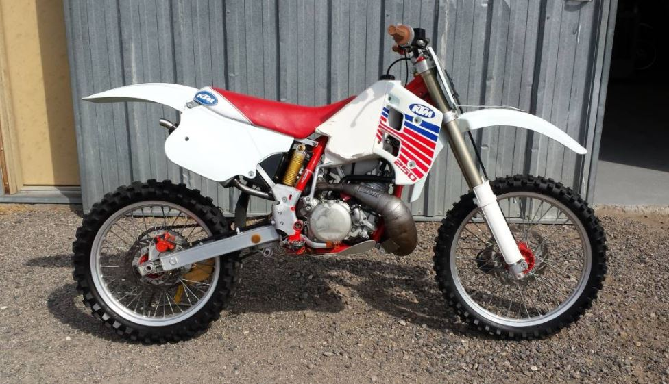 Austrian Two-Stroke - 1990 KTM 250 MX