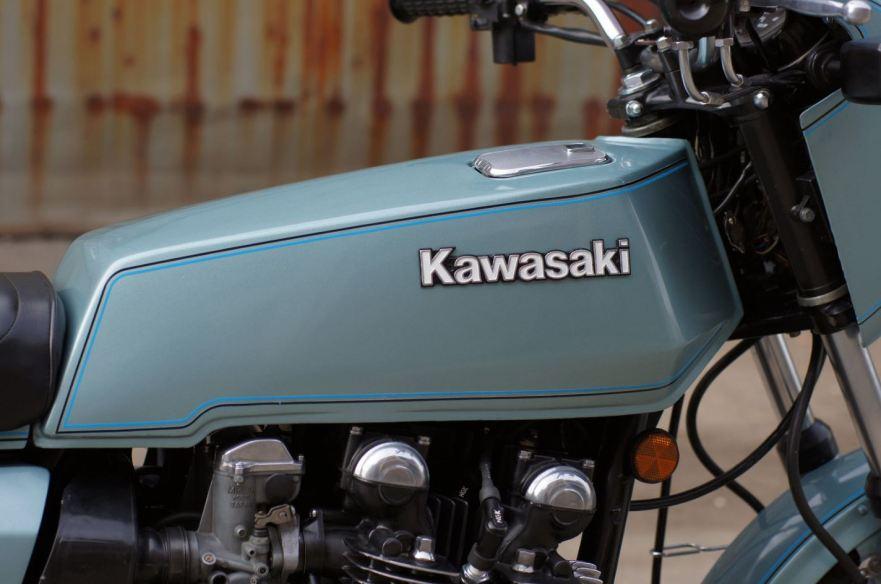 kawasaki-z1-r-tank