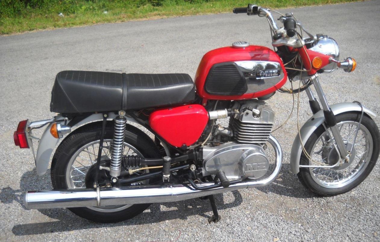 never started but ending soon 1974 mz ts250 bike urious. Black Bedroom Furniture Sets. Home Design Ideas