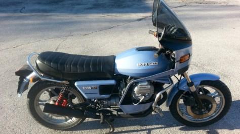 Moto Guzzi 1000SP Spada - Right Side