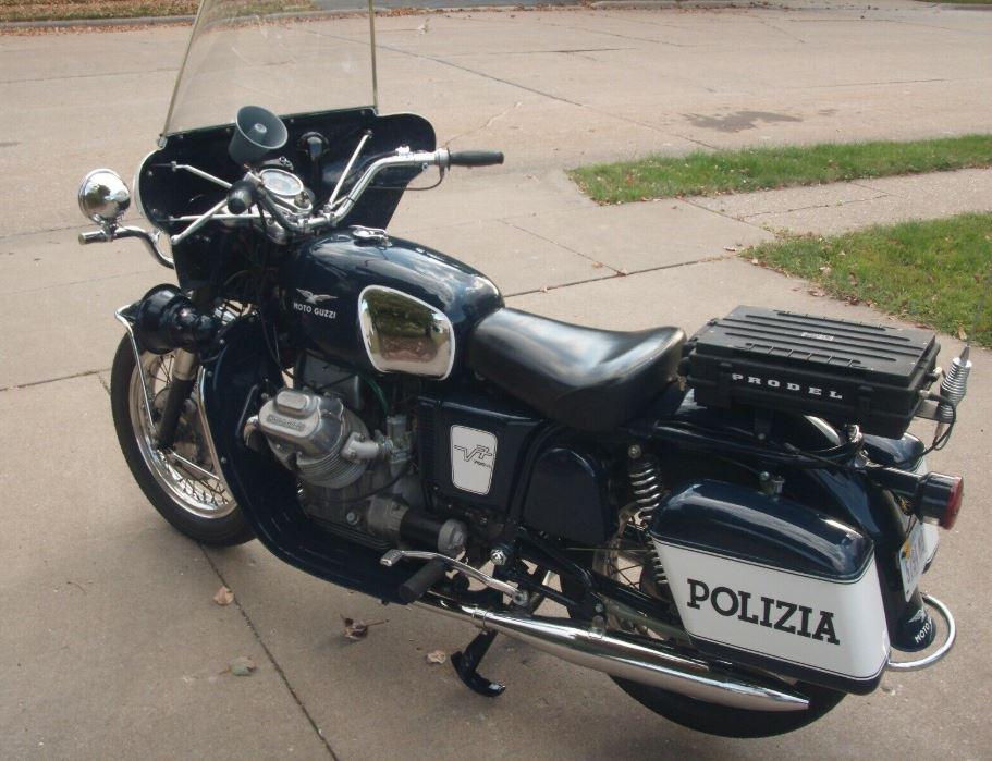 Police Replica – 1967 Moto Guzzi V7