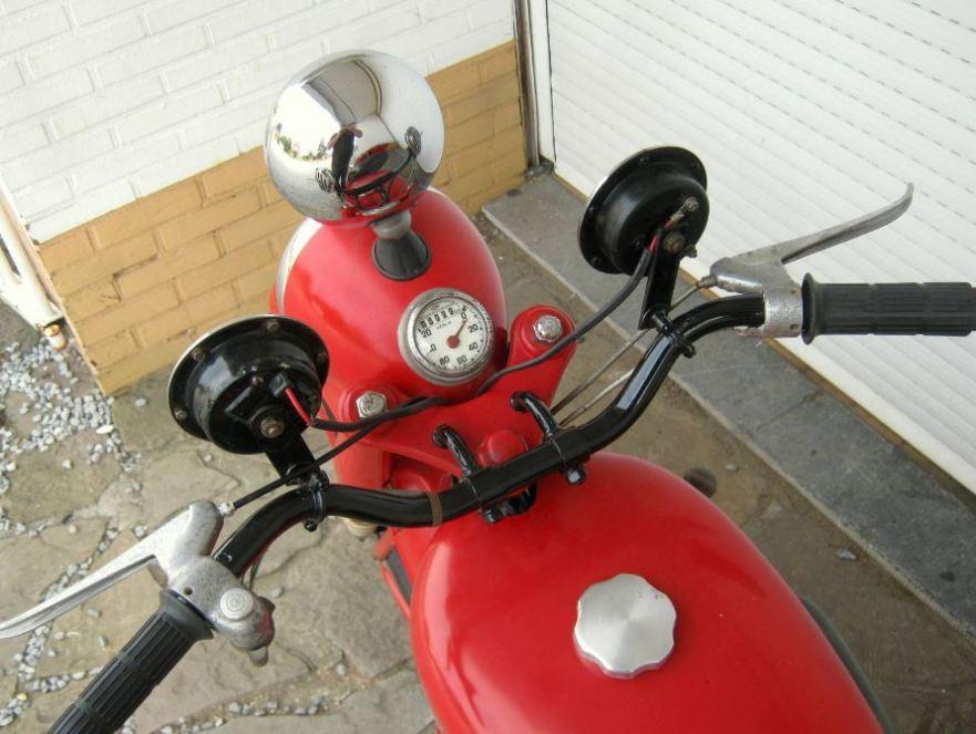 Motobecane 125SV - Cockpit