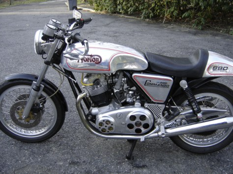Norton VR880 - Left Side