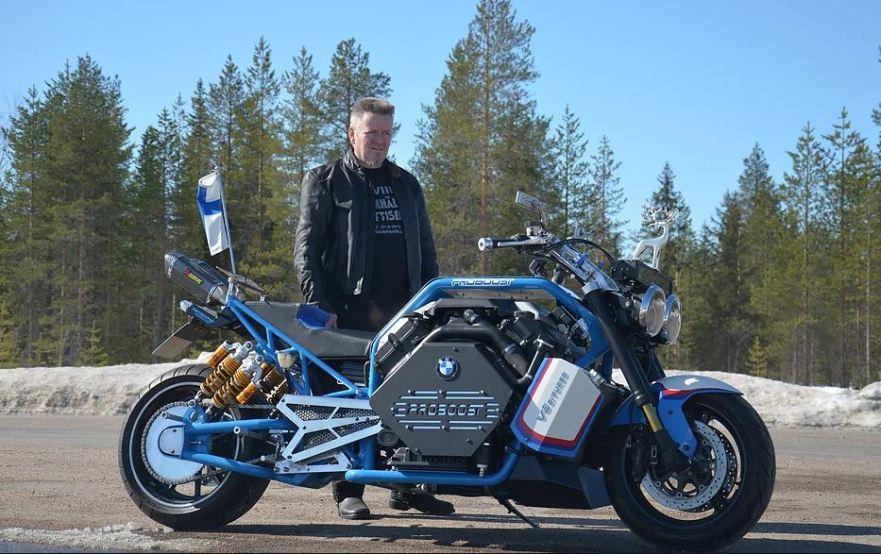 BMW V8 Twin Turbo in Finland – 2018 ProBoost M1 – Bike-urious