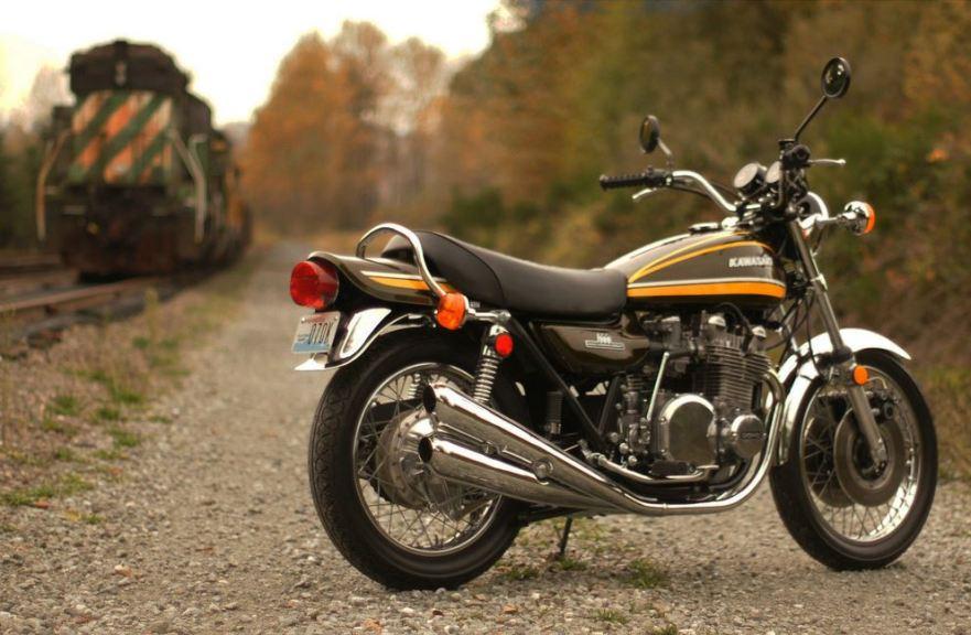 Restored Kawasaki Z1 - Right Side
