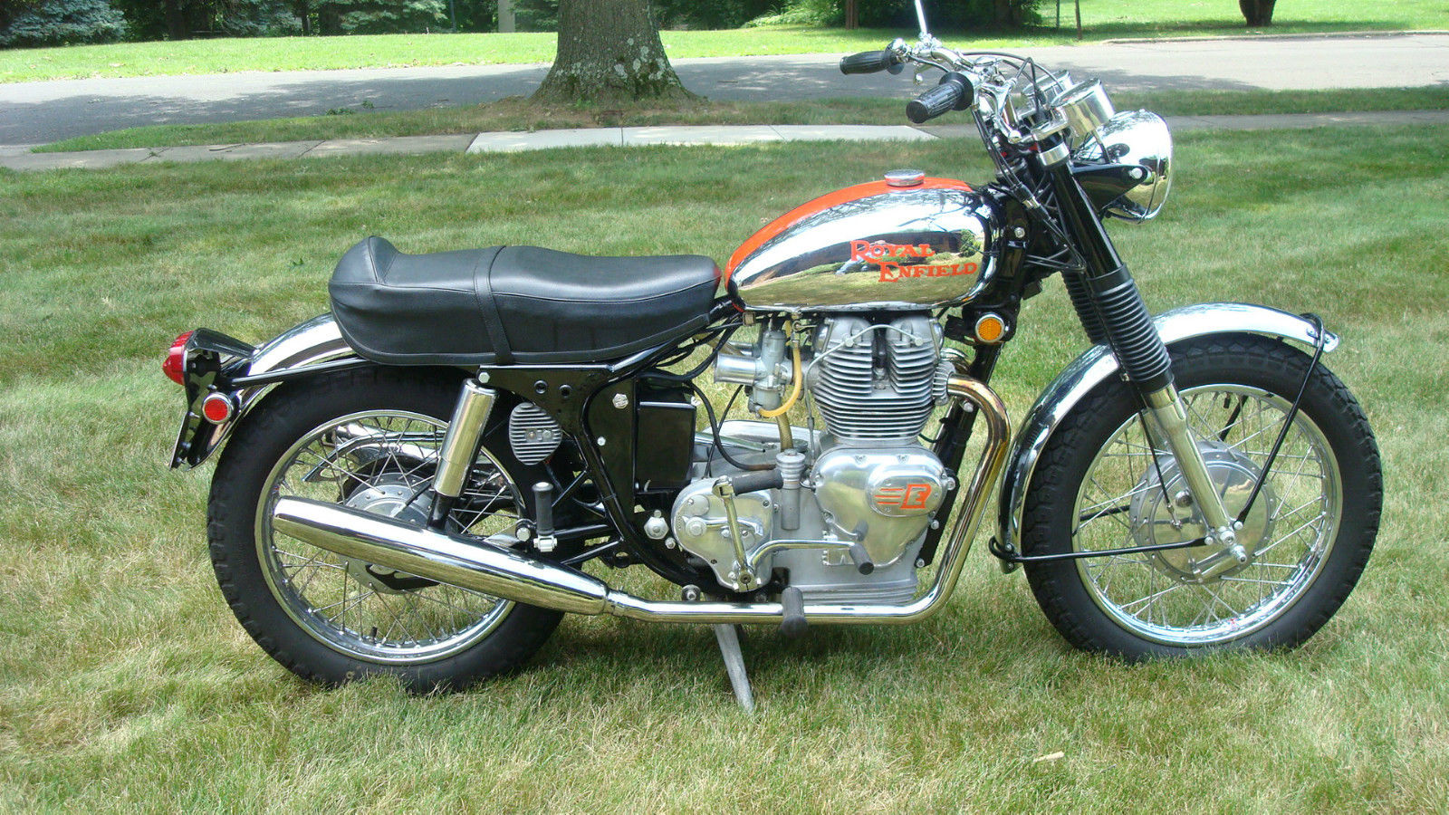 1969 royal enfield interceptor bike urious. Black Bedroom Furniture Sets. Home Design Ideas