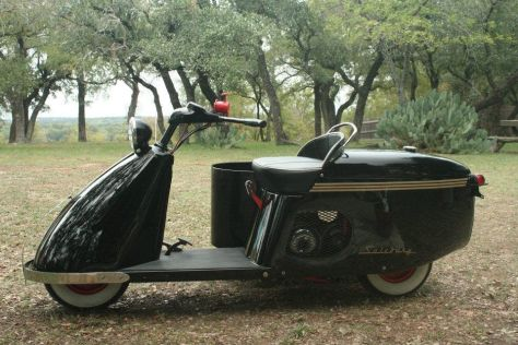 Salsbury Imperial 85 With Sidecar - Left Side