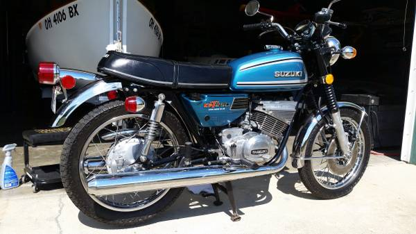 1974 suzuki gt250 bike urious. Black Bedroom Furniture Sets. Home Design Ideas