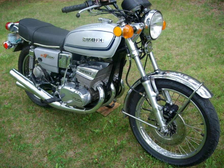 1975 suzuki gt380 bike urious. Black Bedroom Furniture Sets. Home Design Ideas