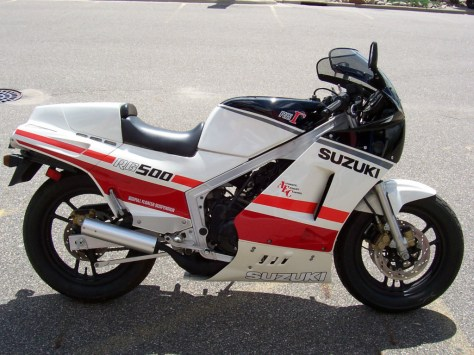 Suzuki RG500 Gamma - Right Side