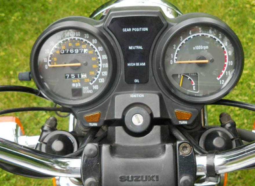Suzuki Tempter - Cockpit