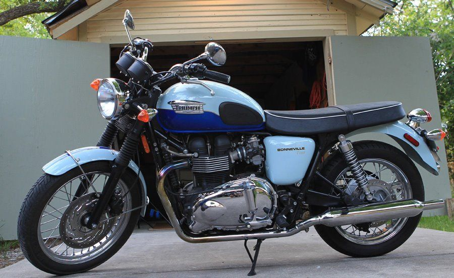 Triumph Bonneville Sixty Left Side Bike Urious