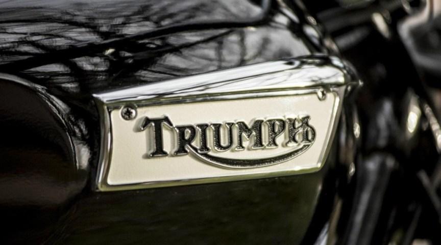Triumph TR6SR - Tank Badge