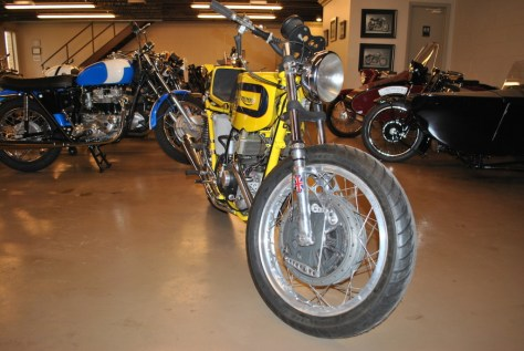 Triumph Tiger Daytona Racer - Front