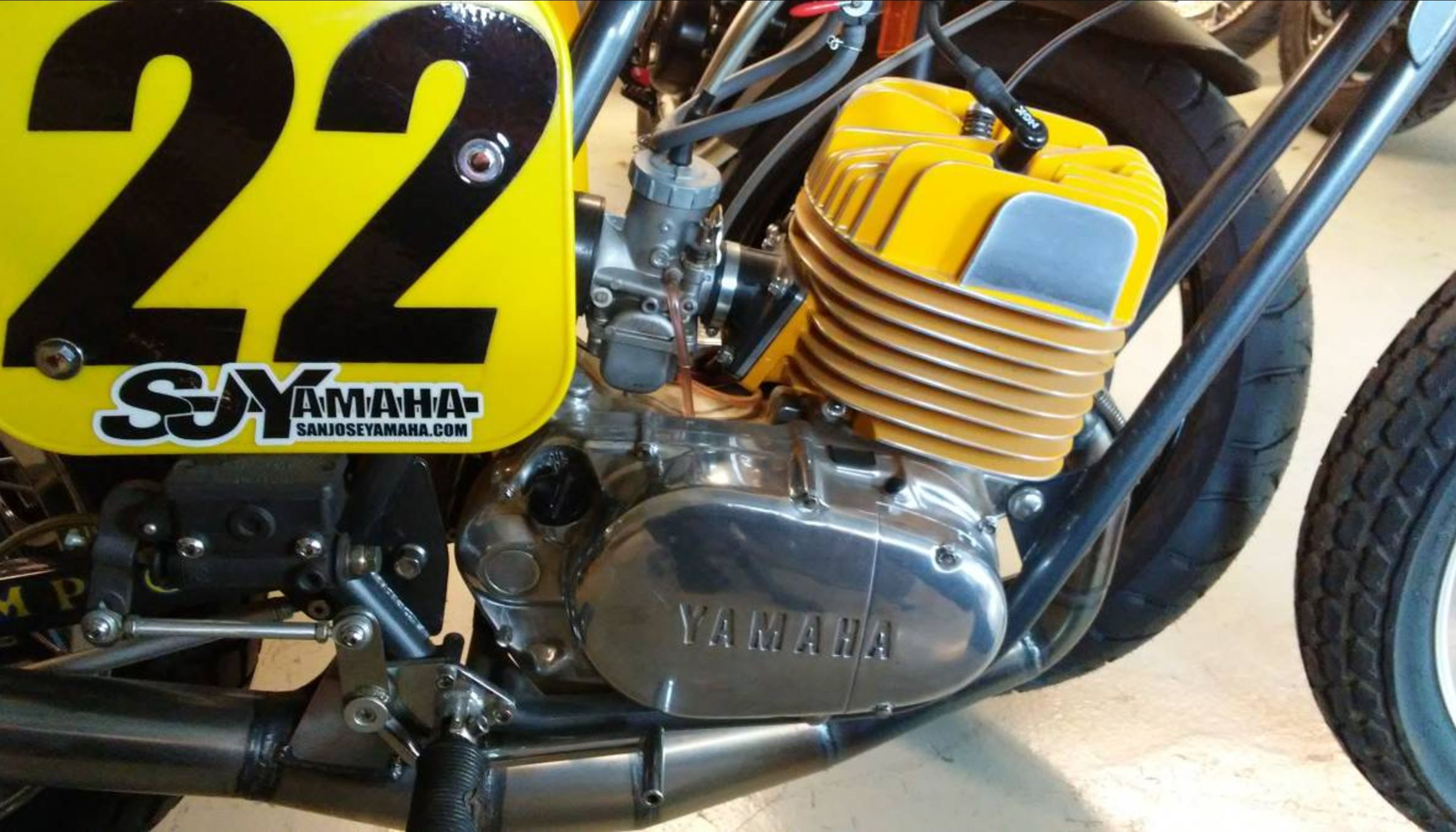 Champion Framed – Yamaha DT250 Flat Tracker – Bike-urious