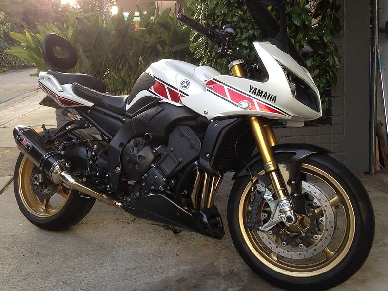 50th Anniversary Livery – 2008 Yamaha FZ1 | Bike-urious