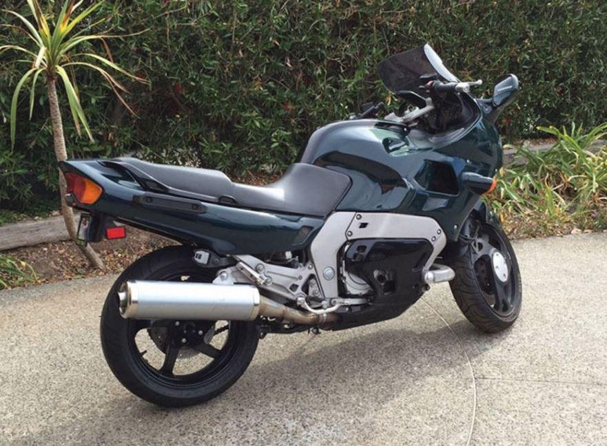 Yamaha GTS1000 - Rear Right