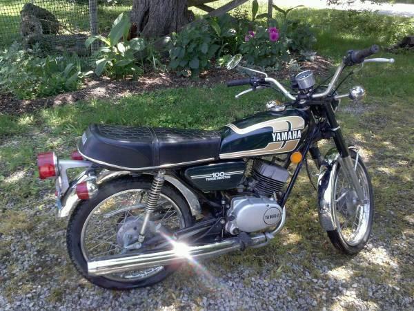 1975 yamaha rs100 bike urious. Black Bedroom Furniture Sets. Home Design Ideas