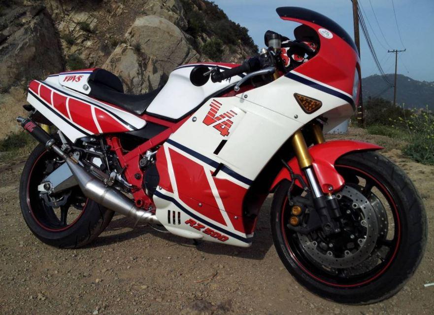 Modernized GP Classic – Upgraded 1984 Yamaha RZ500 – Bike-urious