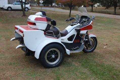 Yamaha Venture Trike - Right Side