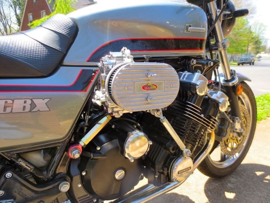 supercharged Honda CBX - Engine