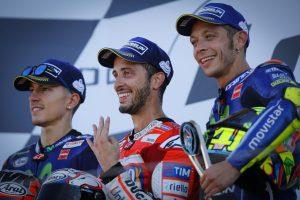 Prispallen i MotoGP; Viñales, Dovizioso och Rossi.