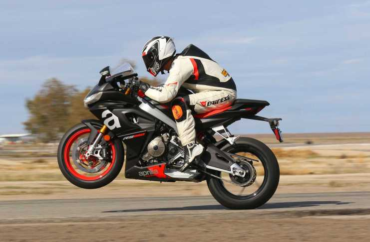 Aprilia RS 660 at Buttonwillow - Left Side