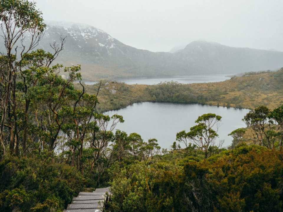 Cradle mountain and lake