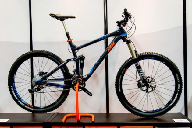 first look ktm mountain bikes bike magazine. Black Bedroom Furniture Sets. Home Design Ideas