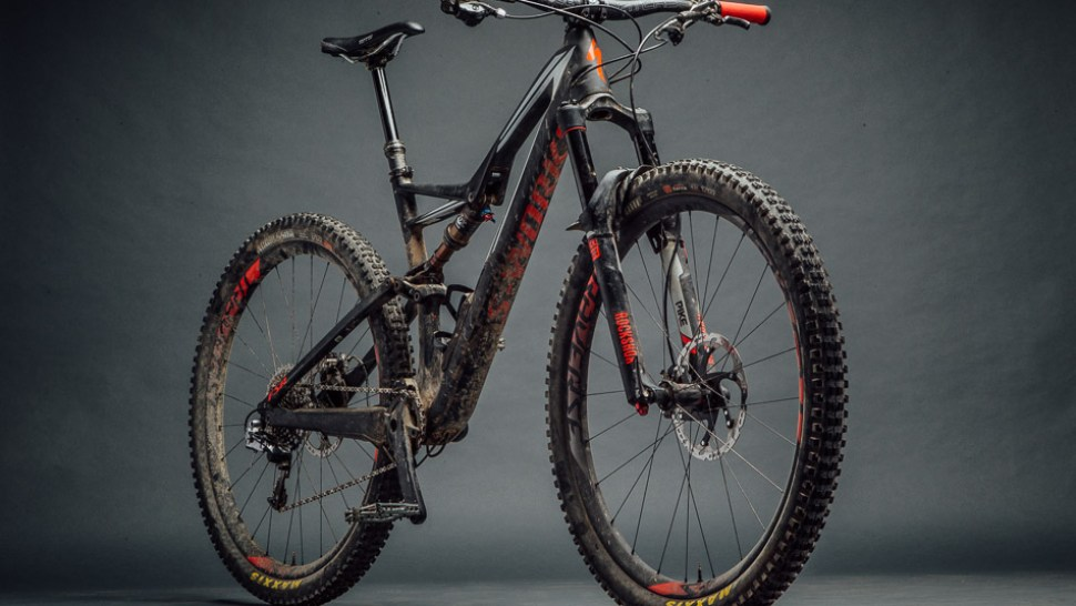 230a13c368f BCBR Tested: Specialized S-Works Stumpjumper 29 | BIKE Magazine