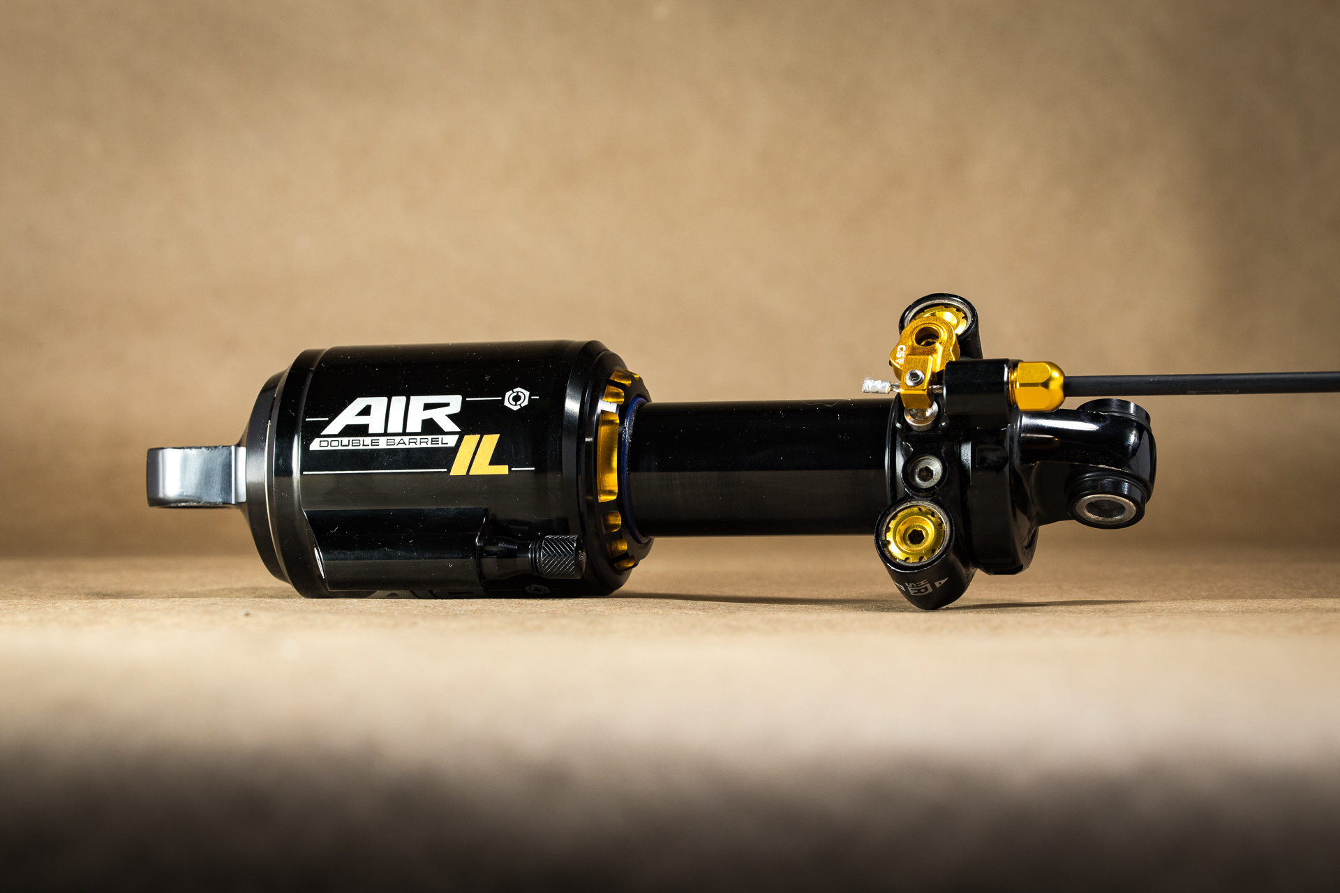 Tested: Cane Creek DB Air IL Mountain Bike Remote-Adjustable Shock