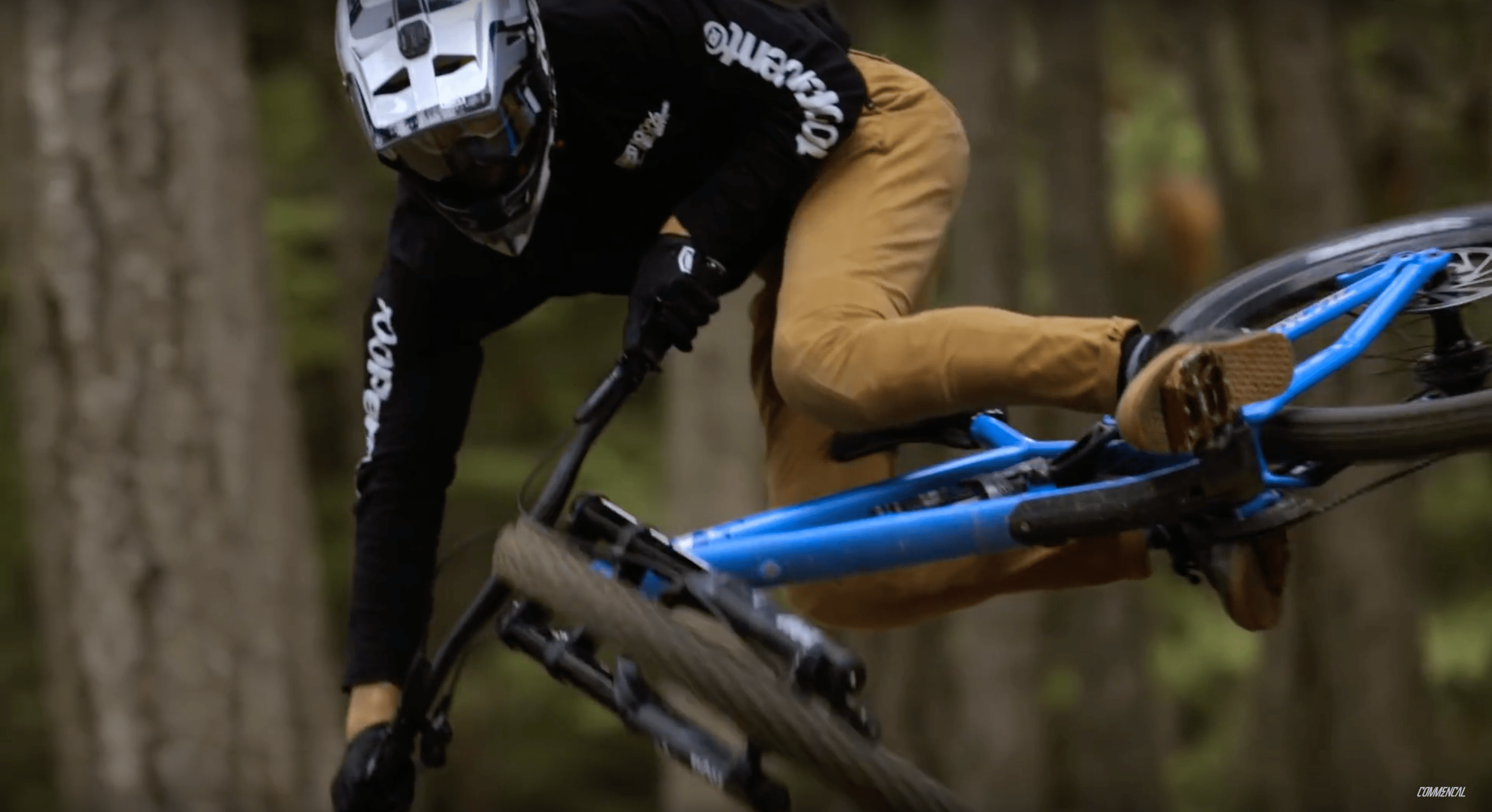 Video: The Calm Before the Storm – The New Commencal Furious