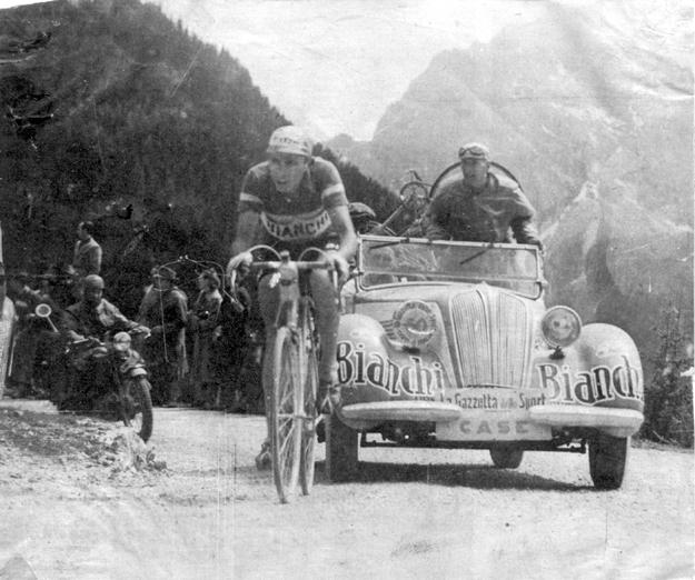1949 Giro d'Italia: Fausto Coppi on the Pordoi