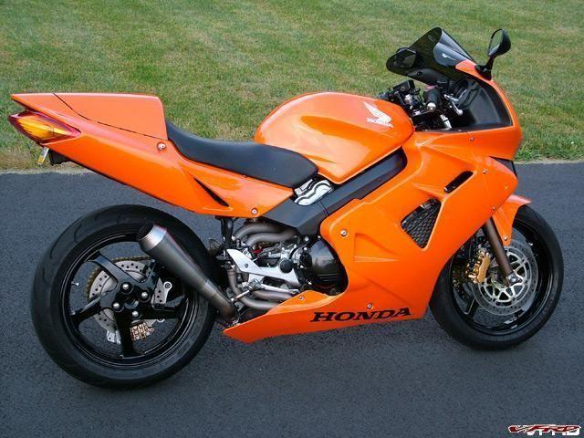 98 VFR800 RC45: charged and tricked up...