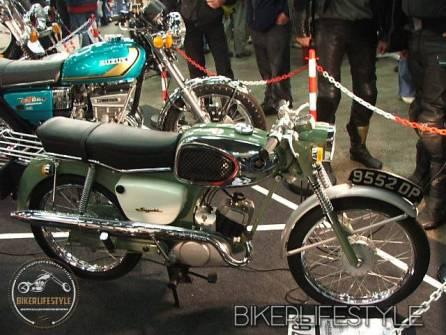 motorcycle-mechanic005