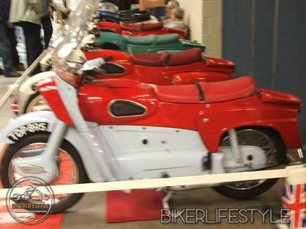 motorcycle-mechanic016