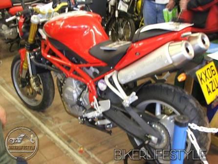 motorcycle-mechanic017